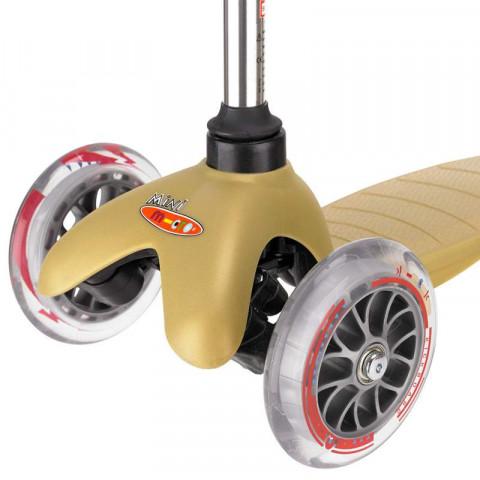 Трехколесный самокат Mini Micro gold (золотой) для детей от 2 до 5 лет