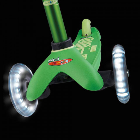 Трехколесный самокат Mini Micro Deluxe Led green (зеленый) со светящимися колесами