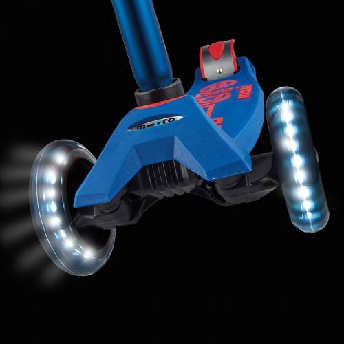 Детский трехколесный самокат Maxi Micro Deluxe LED blue (синий) со светящимися колесами