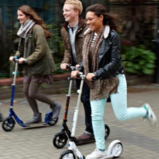 Городские самокаты - самокаты с большими колесами для  взрослых и детей купить в интернет магазине самокатов